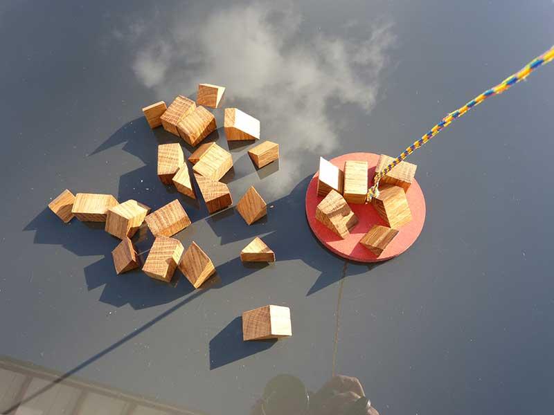 mini jeu équilibre chêne plateau fond nuages