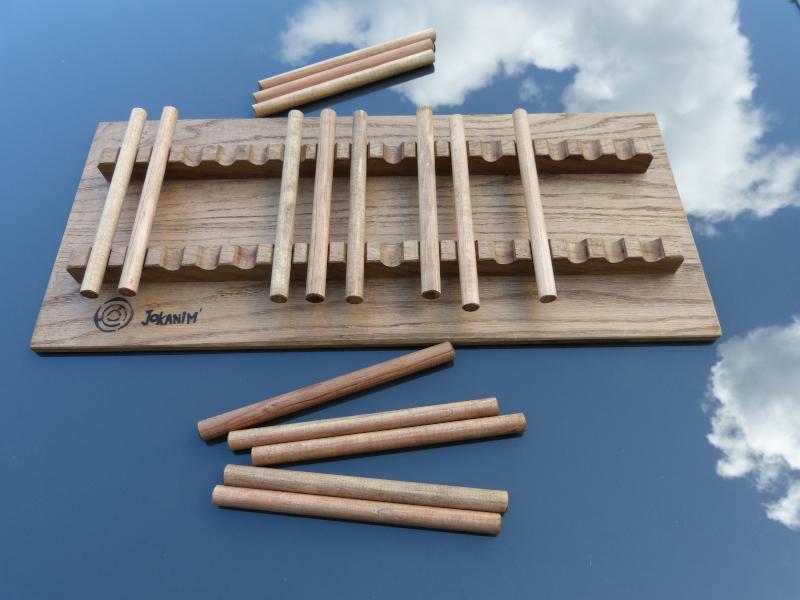 jeu des bâtonnets support en chêne finition cirée bâtonnets en pin - Jokanim'